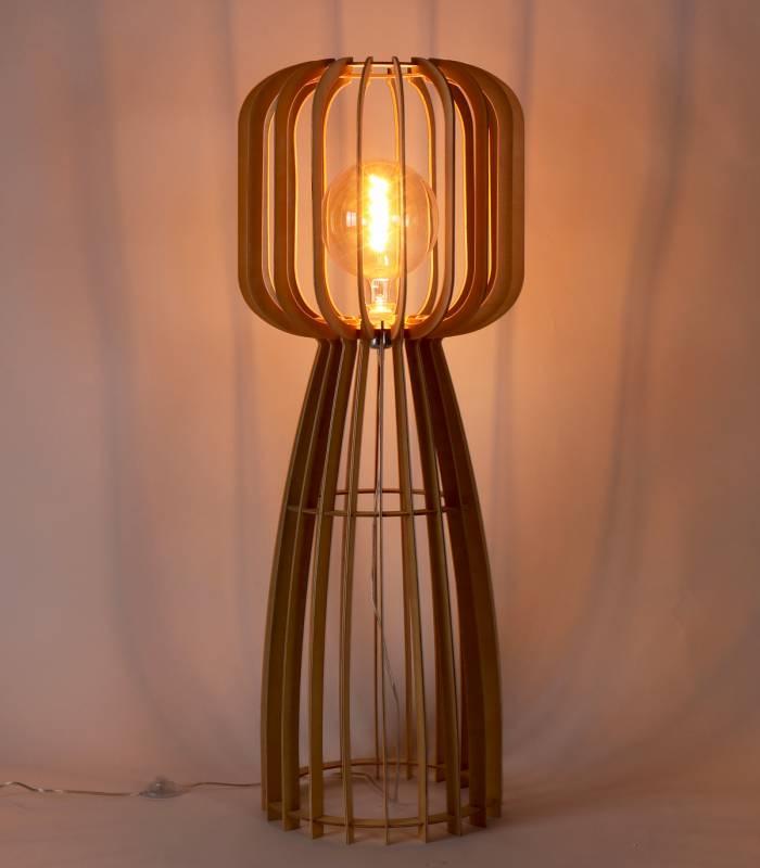 lampadaire-bois-effet-lumineux